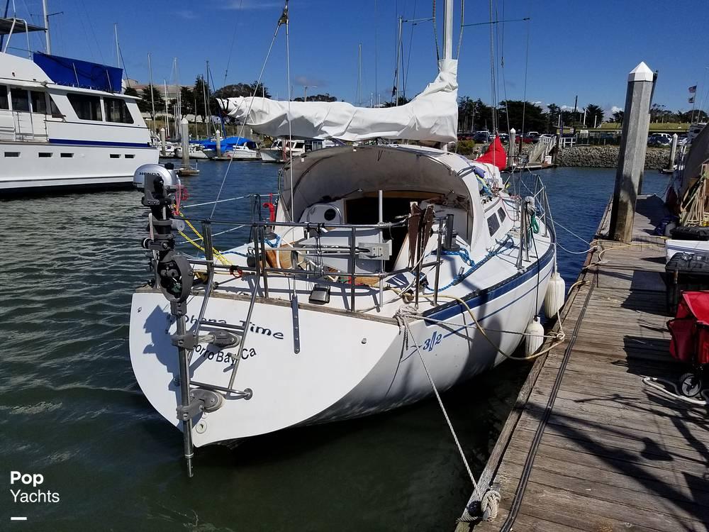 1977 Islander boat for sale, model of the boat is 32 MK II & Image # 17 of 40