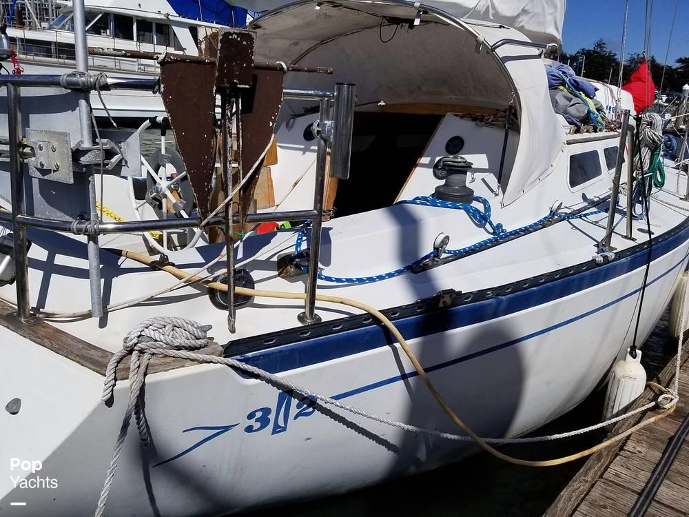 1977 Islander boat for sale, model of the boat is 32 MK II & Image # 20 of 40