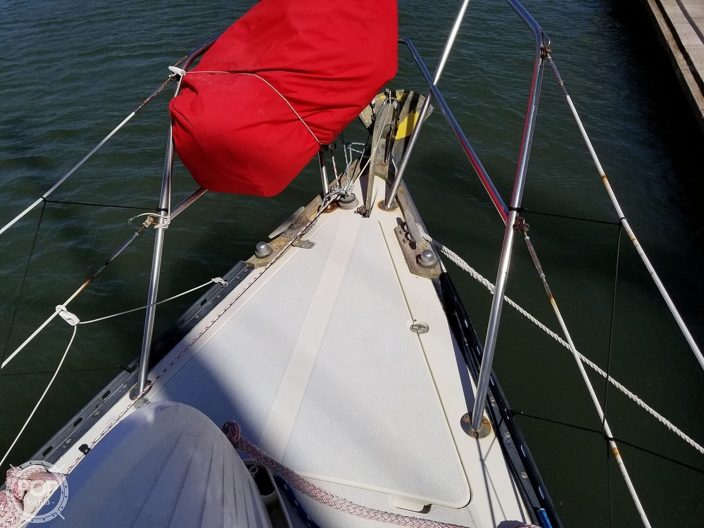 1977 Islander boat for sale, model of the boat is 32 MK II & Image # 30 of 40