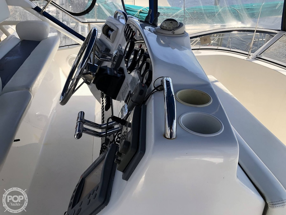 1998 Silverton boat for sale, model of the boat is 372 Motoryacht & Image # 25 of 40