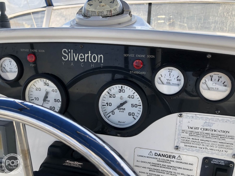 1998 Silverton boat for sale, model of the boat is 372 Motoryacht & Image # 27 of 40