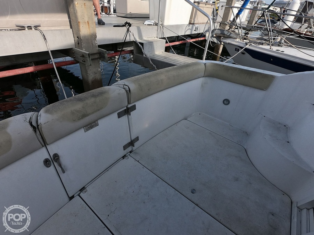 2000 Carver boat for sale, model of the boat is 350 Mariner & Image # 9 of 40