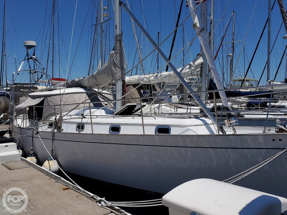 1981 Kelly Peterson boat for sale, model of the boat is 44 & Image # 18 of 40