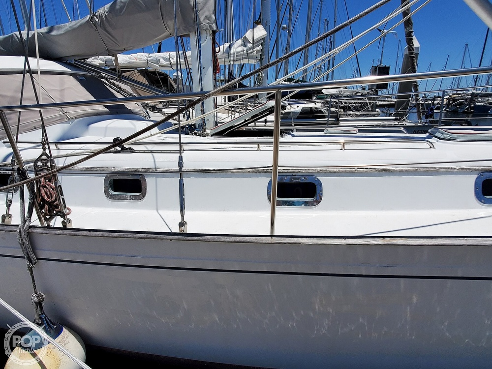 1981 Kelly Peterson boat for sale, model of the boat is 44 & Image # 28 of 40