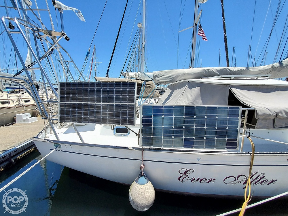 1981 Kelly Peterson boat for sale, model of the boat is 44 & Image # 34 of 40