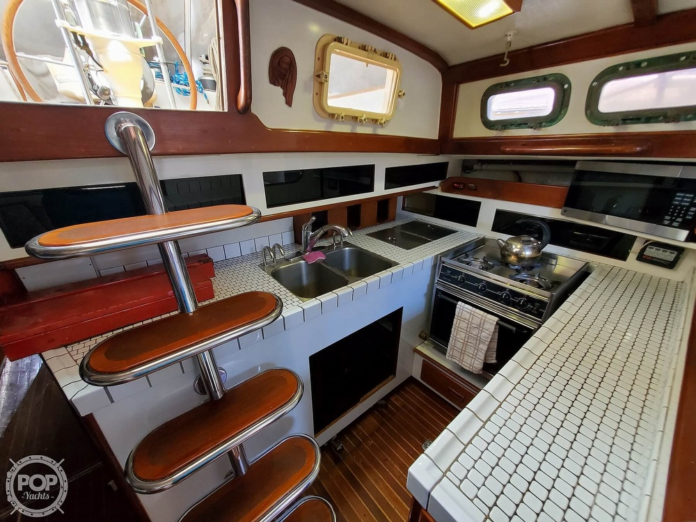 1981 Kelly Peterson boat for sale, model of the boat is 44 & Image # 12 of 40