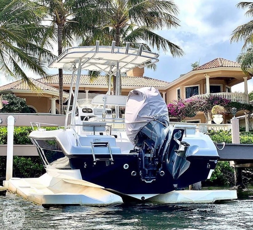 2006 Century boat for sale, model of the boat is 2001 & Image # 4 of 40