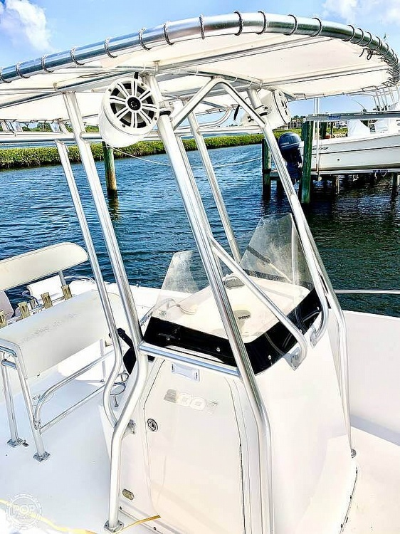2006 Century boat for sale, model of the boat is 2001 & Image # 13 of 40