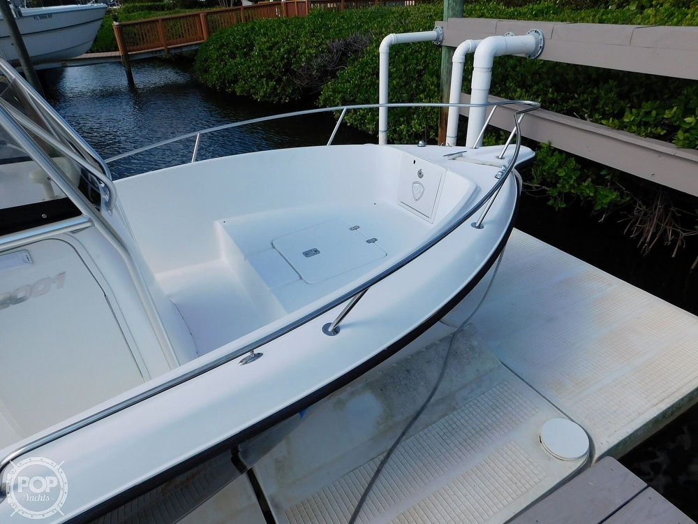 2006 Century boat for sale, model of the boat is 2001 & Image # 21 of 40