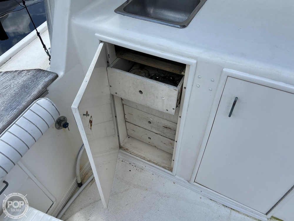 1983 Ocean Yachts boat for sale, model of the boat is 46 Super Sport & Image # 25 of 40