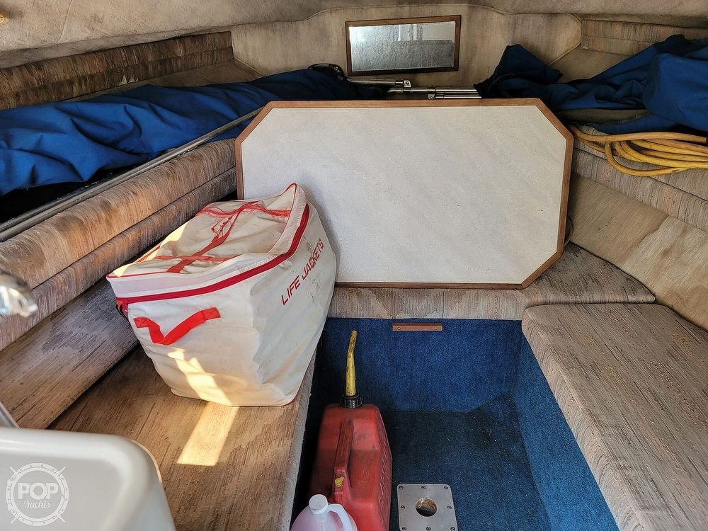 1990 Sea Ray boat for sale, model of the boat is 220 Sundancer & Image # 22 of 40