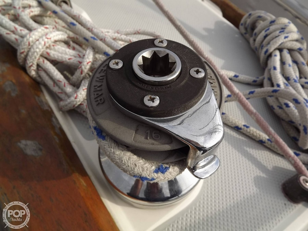 1988 Catalina Yachts boat for sale, model of the boat is 30 MK II & Image # 20 of 40