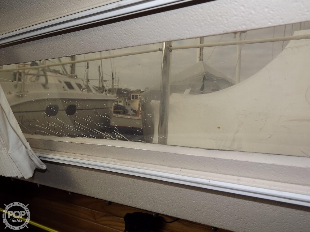 1988 Catalina Yachts boat for sale, model of the boat is 30 MK II & Image # 32 of 40