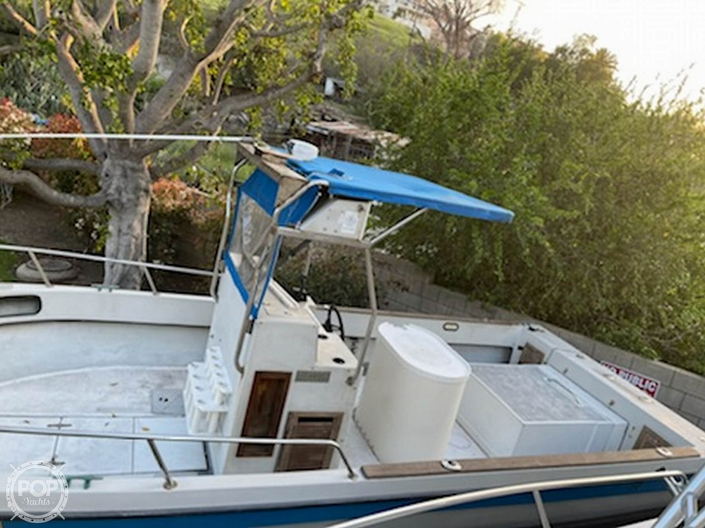 1986 Radon boat for sale, model of the boat is 21 Center Console & Image # 5 of 40