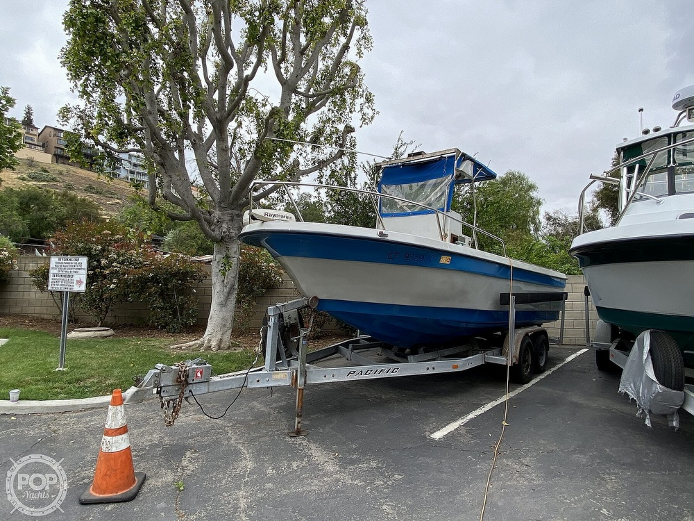 1986 Radon boat for sale, model of the boat is 21 Center Console & Image # 7 of 40