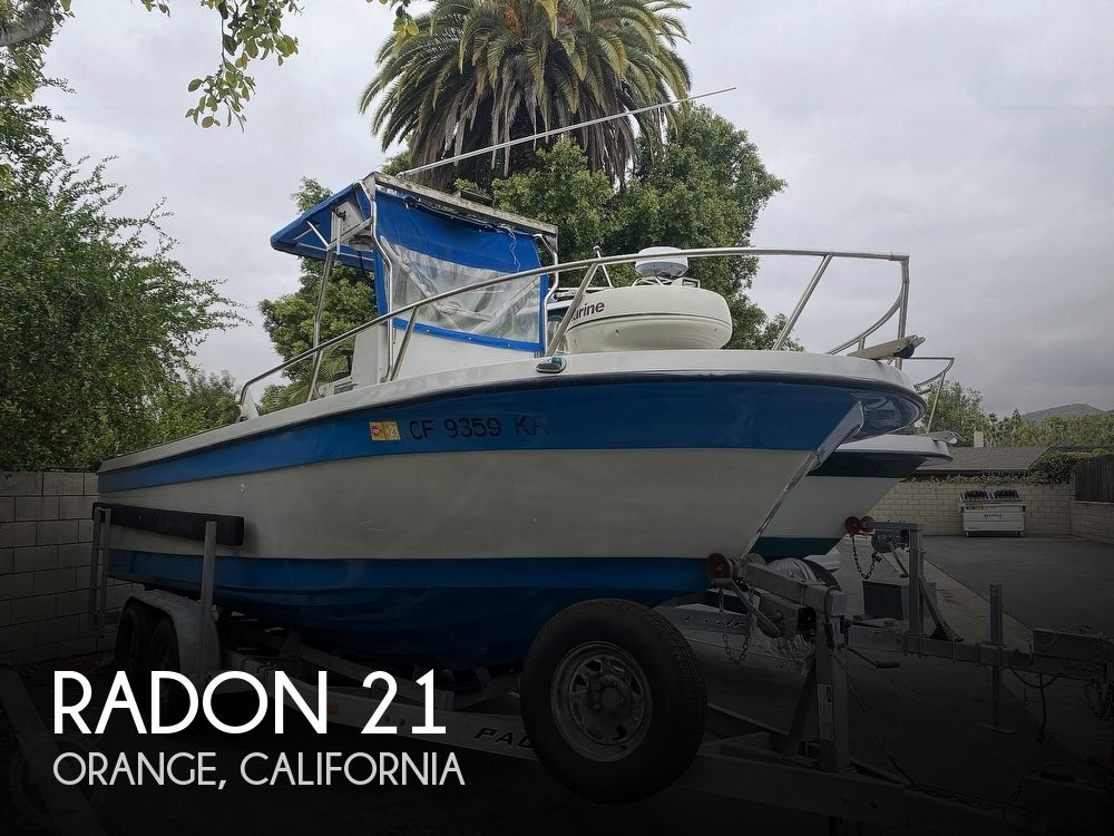 1986 Radon boat for sale, model of the boat is 21 Center Console & Image # 1 of 40
