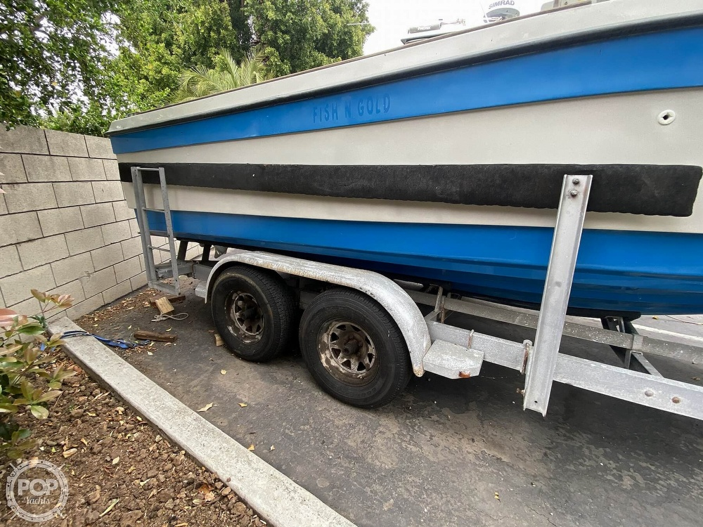1986 Radon boat for sale, model of the boat is 21 Center Console & Image # 10 of 40