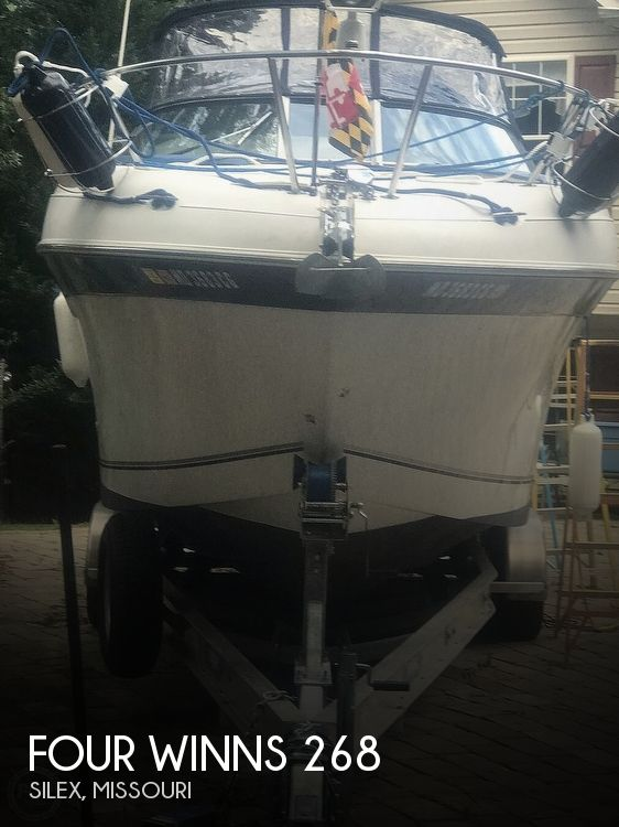 2002 Four Winns boat for sale, model of the boat is 268 Vista & Image # 1 of 40