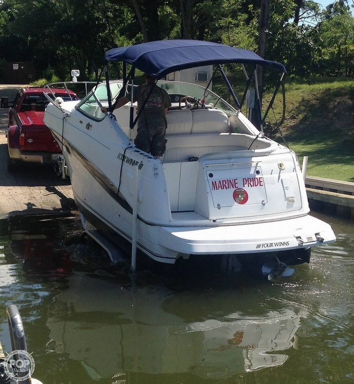 2002 Four Winns boat for sale, model of the boat is 268 Vista & Image # 3 of 40