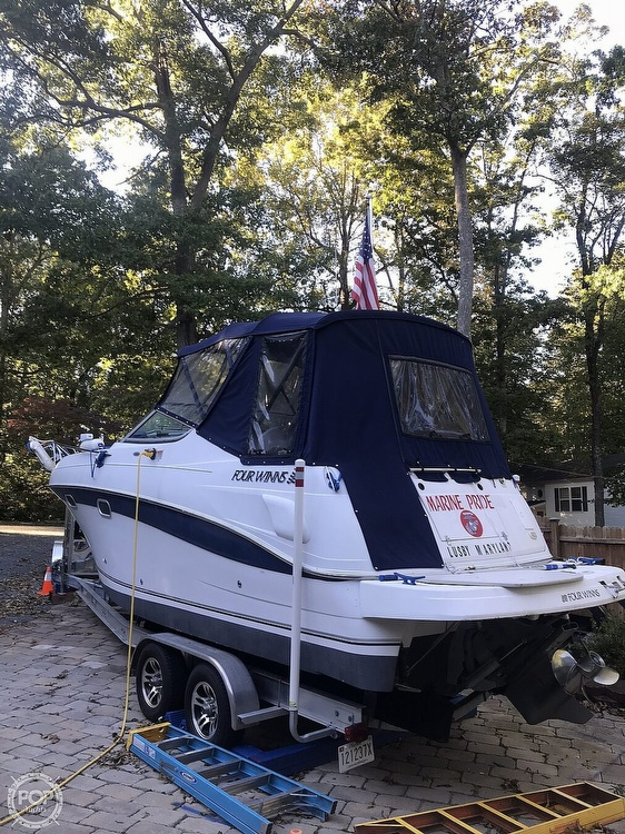 2002 Four Winns boat for sale, model of the boat is 268 Vista & Image # 5 of 40