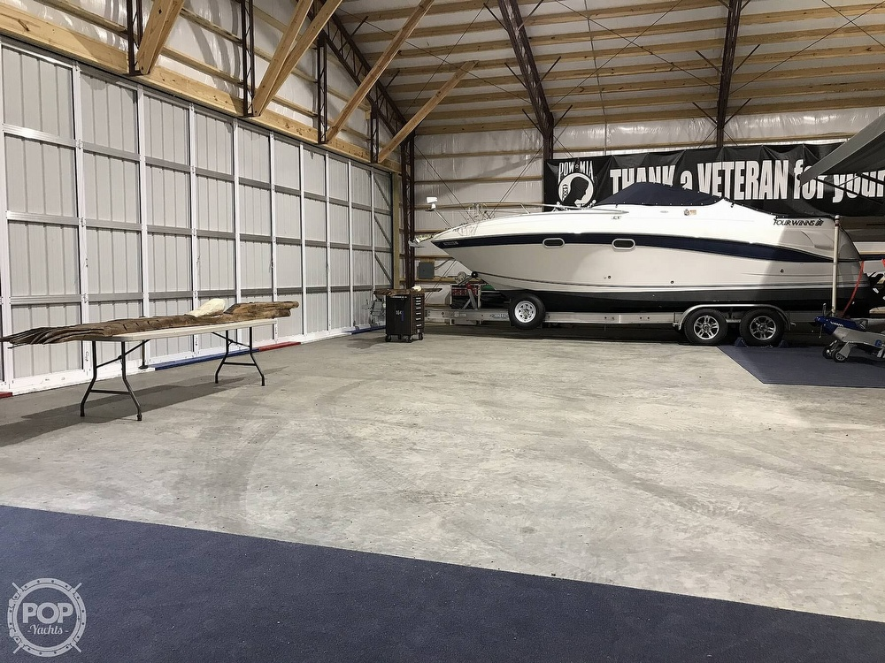 2002 Four Winns boat for sale, model of the boat is 268 Vista & Image # 10 of 40