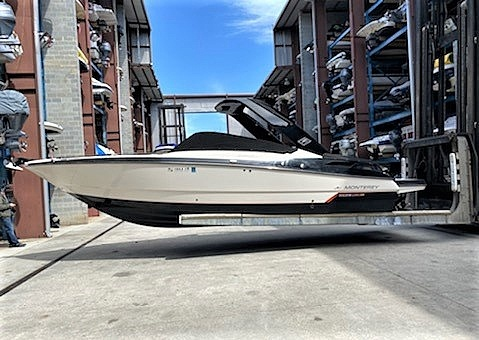2013 Monterey boat for sale, model of the boat is 288 Super Sport BW & Image # 19 of 38