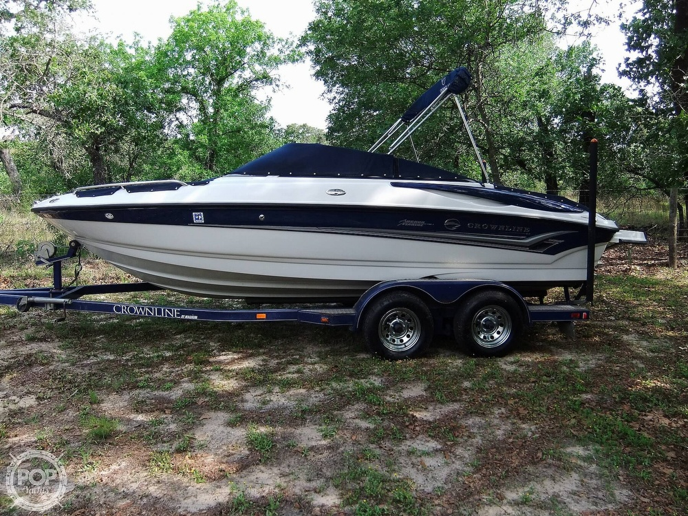 2004 Crownline boat for sale, model of the boat is 206 ls & Image # 4 of 40