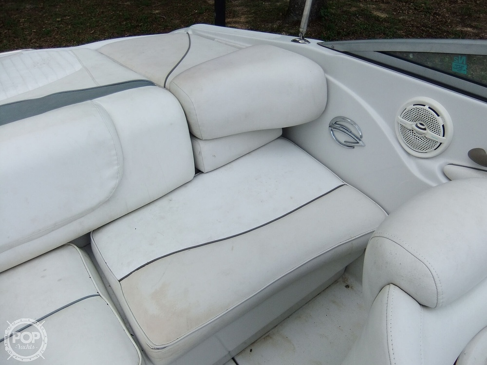 2004 Crownline boat for sale, model of the boat is 206 ls & Image # 32 of 40