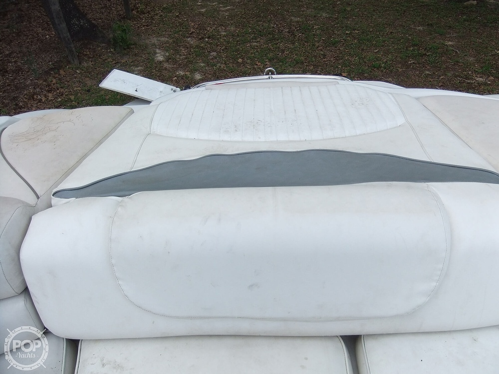 2004 Crownline boat for sale, model of the boat is 206 ls & Image # 33 of 40