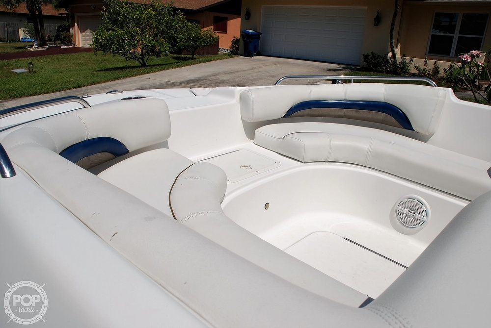 2014 Hurricane boat for sale, model of the boat is Sundeck 187 OB & Image # 3 of 40