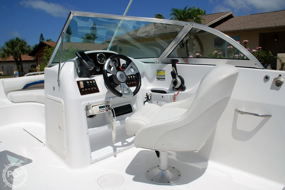 2014 Hurricane boat for sale, model of the boat is Sundeck 187 OB & Image # 15 of 40