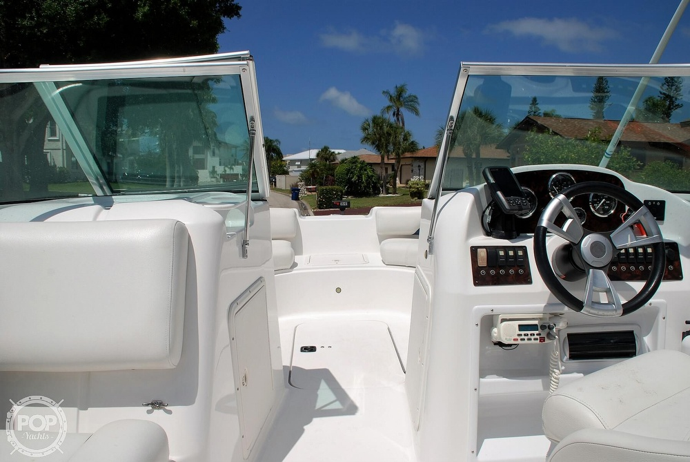 2014 Hurricane boat for sale, model of the boat is Sundeck 187 OB & Image # 12 of 40