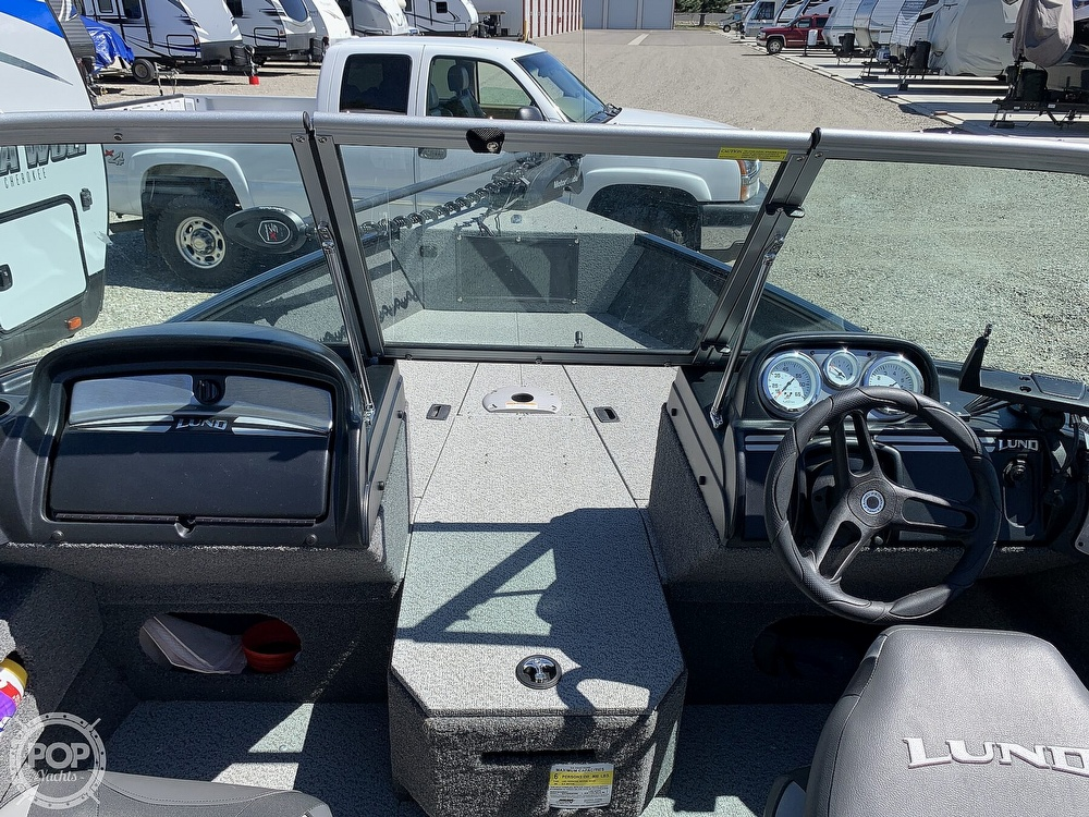 2019 Lund boat for sale, model of the boat is 1675 Adventure XS & Image # 12 of 40