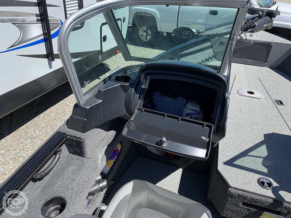 2019 Lund boat for sale, model of the boat is 1675 Adventure XS & Image # 13 of 40