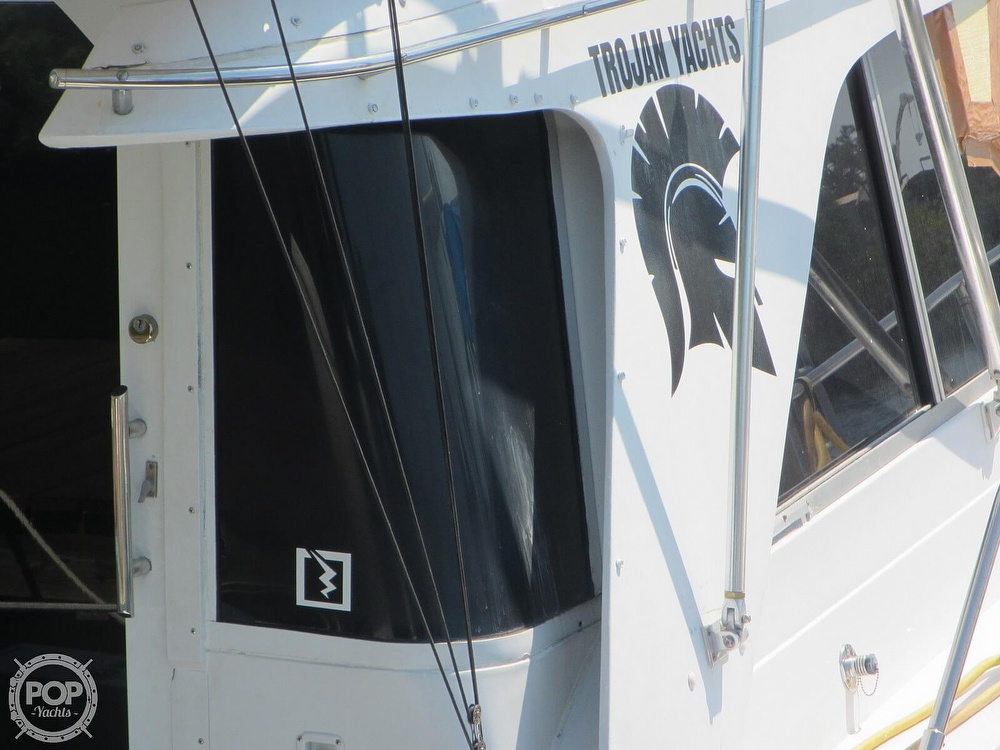 1985 Trojan boat for sale, model of the boat is 11 Meter Convertible & Image # 20 of 40