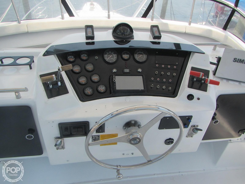 1985 Trojan boat for sale, model of the boat is 11 Meter Convertible & Image # 5 of 40