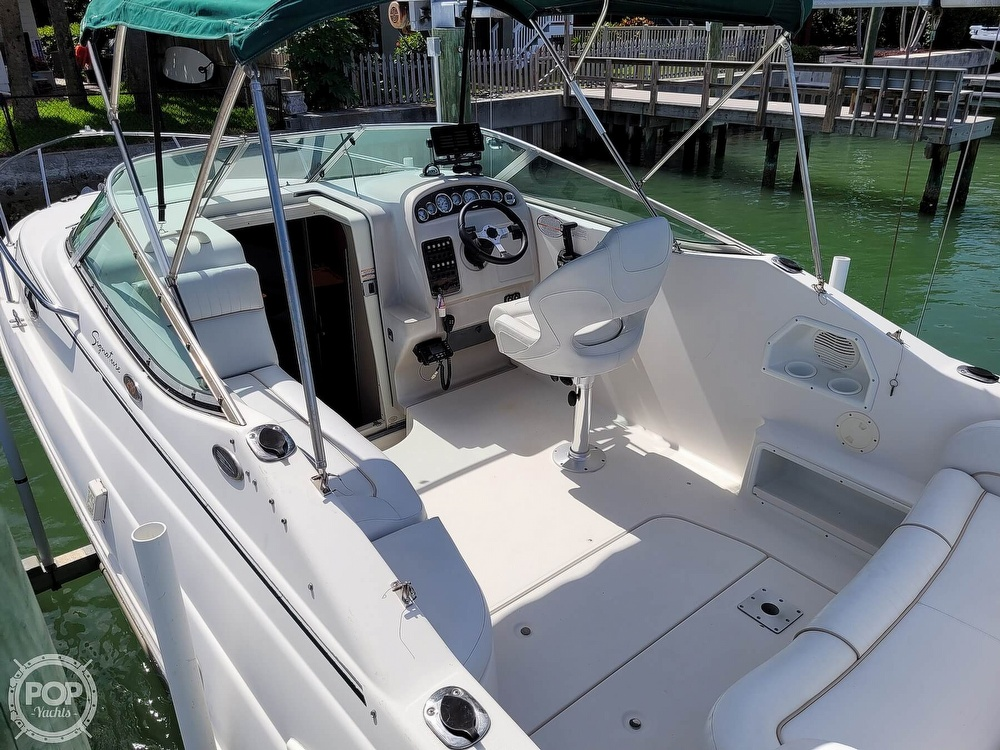 2000 Chaparral boat for sale, model of the boat is 240 Signature & Image # 4 of 40
