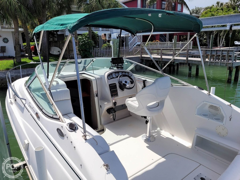 2000 Chaparral boat for sale, model of the boat is 240 Signature & Image # 5 of 40