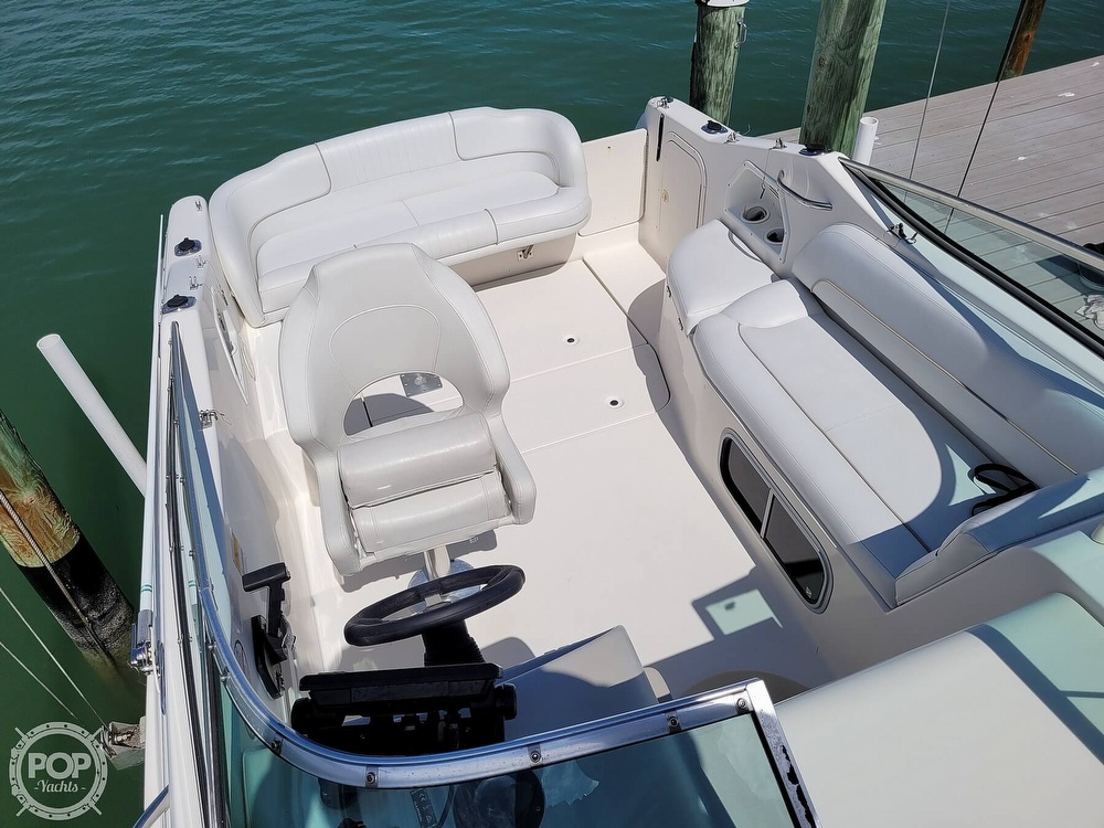 2000 Chaparral boat for sale, model of the boat is 240 Signature & Image # 7 of 40