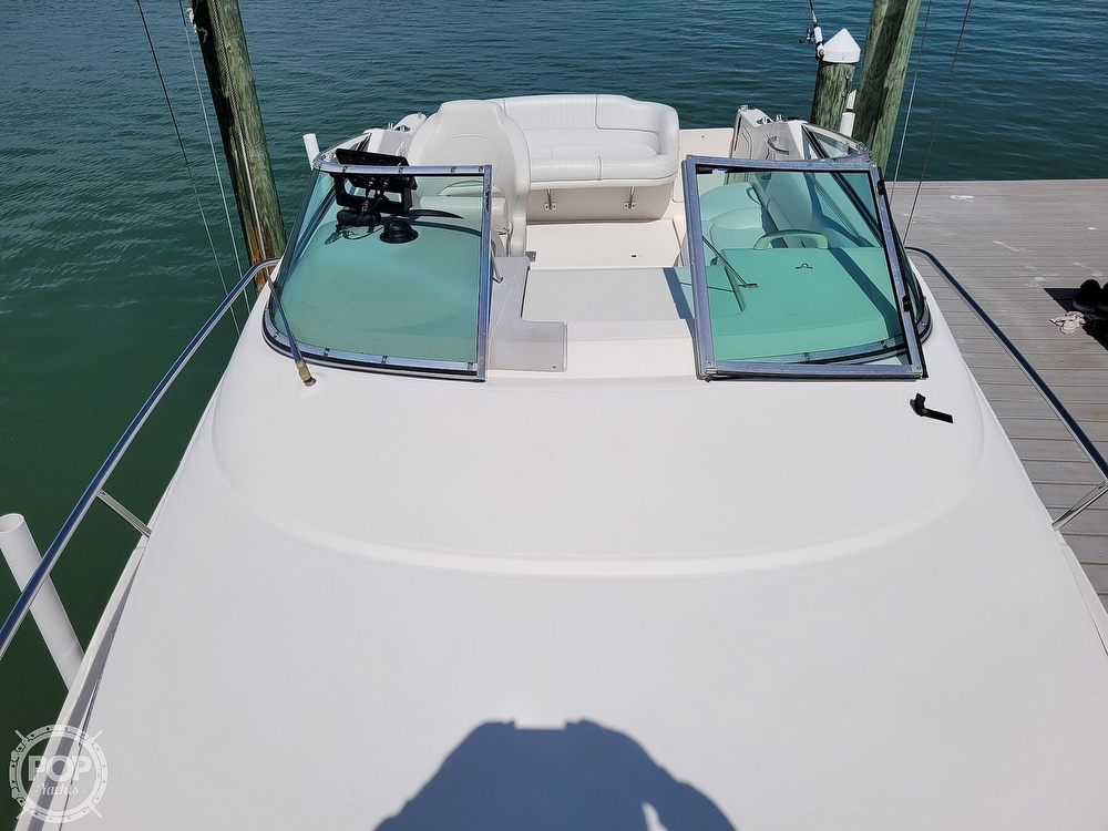 2000 Chaparral boat for sale, model of the boat is 240 Signature & Image # 8 of 40