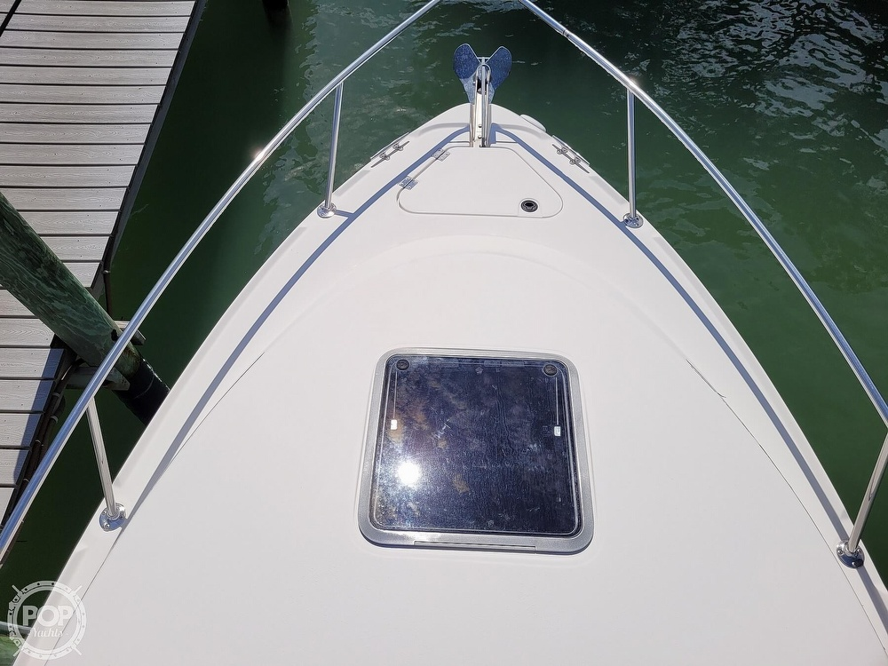 2000 Chaparral boat for sale, model of the boat is 240 Signature & Image # 9 of 40