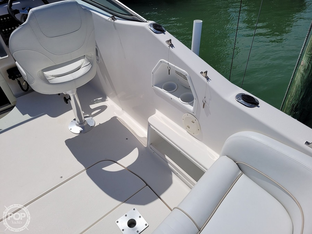 2000 Chaparral boat for sale, model of the boat is 240 Signature & Image # 17 of 40