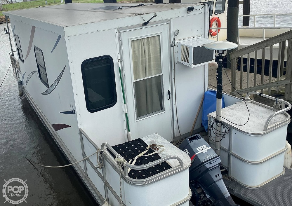 1986 Starcraft boat for sale, model of the boat is 28' Custom Houseboat Rebuilt in 2016 & Image # 13 of 40