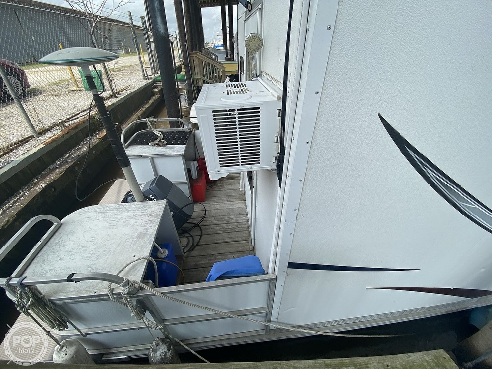 1986 Starcraft boat for sale, model of the boat is 28' Custom Houseboat Rebuilt in 2016 & Image # 40 of 40