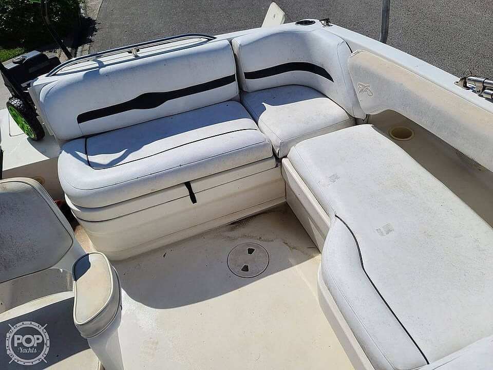 2000 Monterey boat for sale, model of the boat is 220 Explorer Sport & Image # 7 of 40