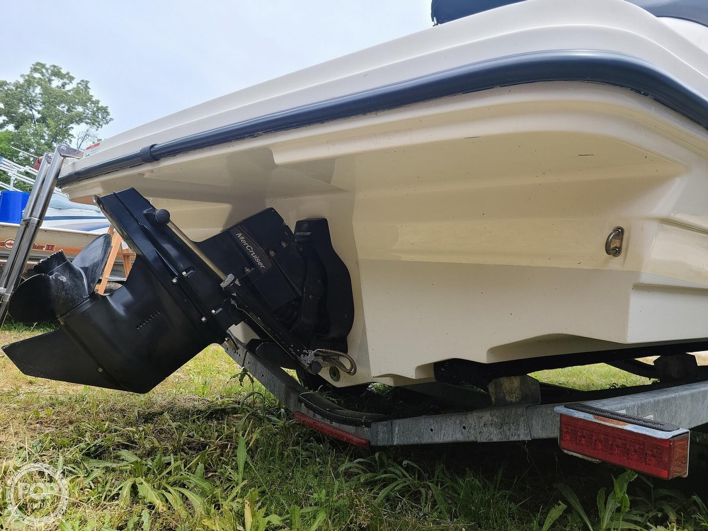 2017 Sea Ray boat for sale, model of the boat is SPX 210 & Image # 33 of 40
