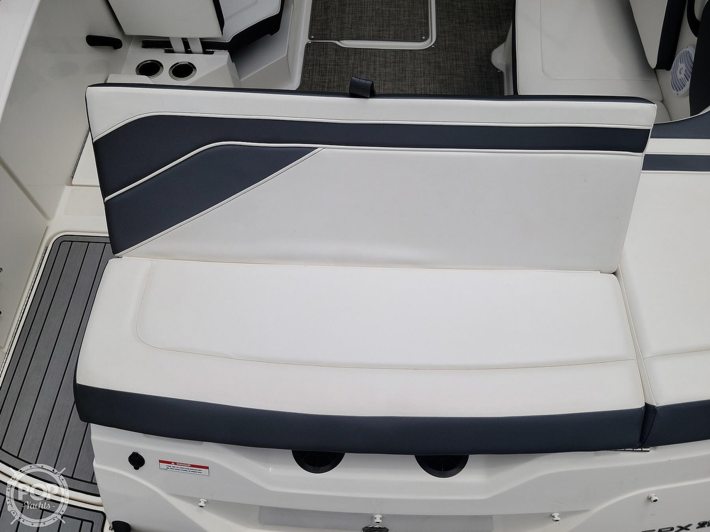 2017 Sea Ray boat for sale, model of the boat is SPX 210 & Image # 8 of 40