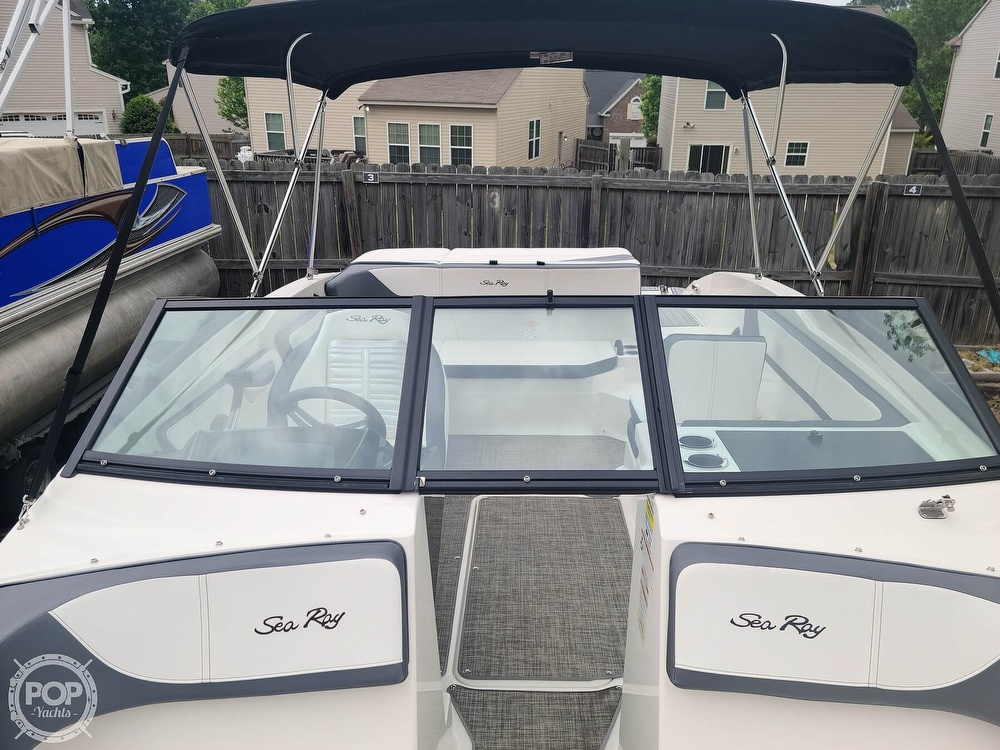 2017 Sea Ray boat for sale, model of the boat is SPX 210 & Image # 11 of 40