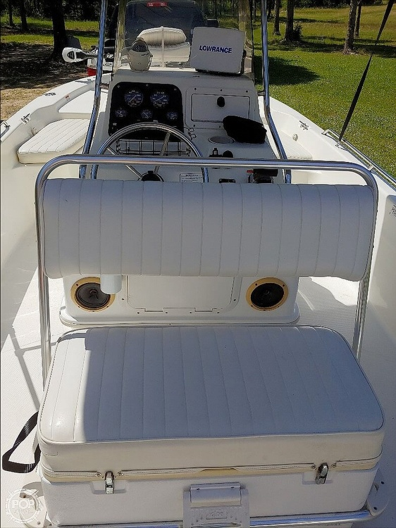 2008 Mako boat for sale, model of the boat is 2101 & Image # 4 of 19