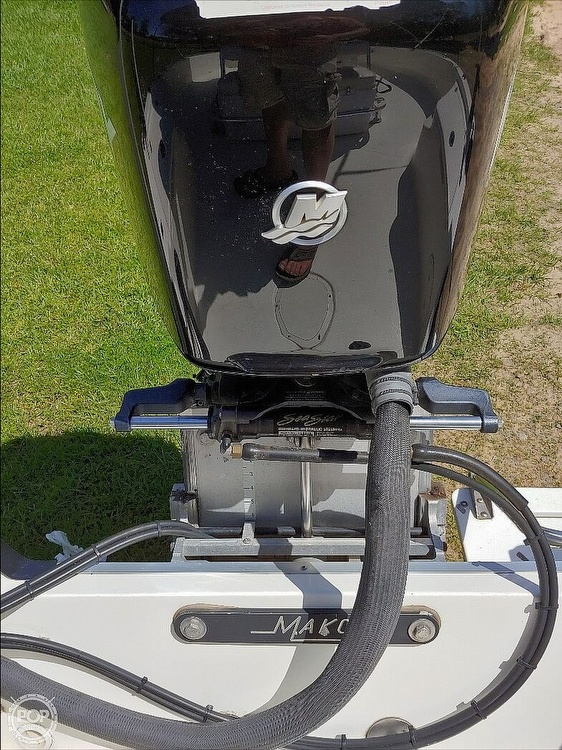 2008 Mako boat for sale, model of the boat is 2101 & Image # 6 of 19